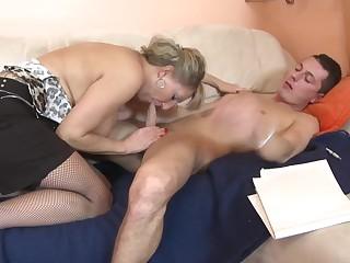 Российское порно видео зрелых, русское порно друг в попу жену
